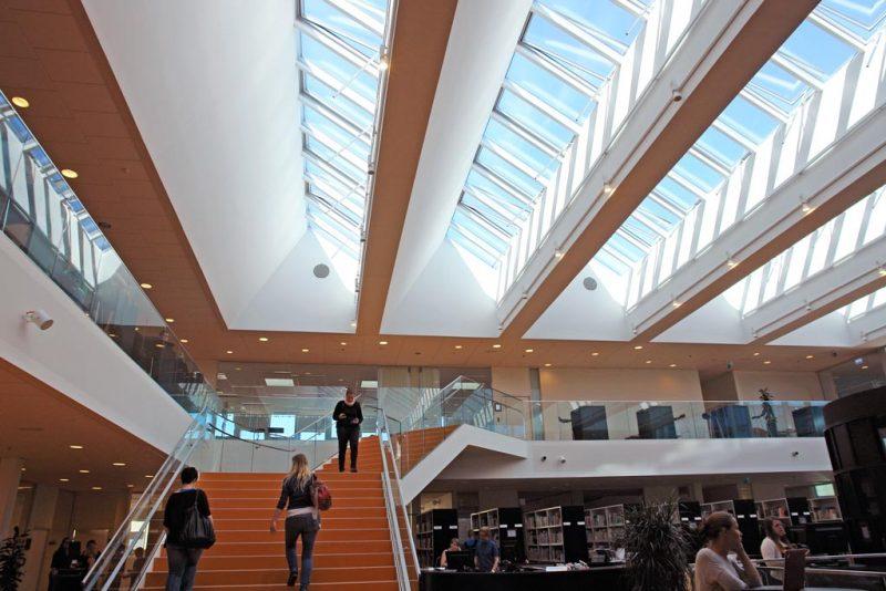 Akustikpuds - Akustikloft: Campus Roskilde
