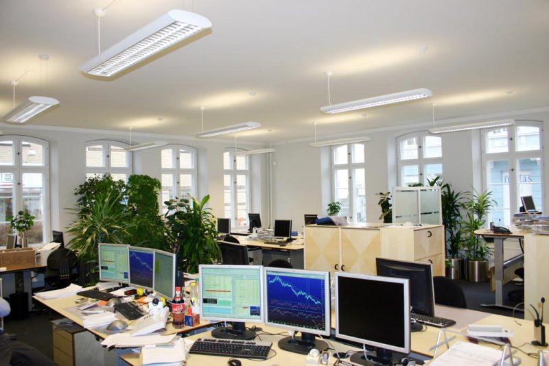 Akustikpuds - Akustikloft: Kontorer - Sydbank - Gråsten